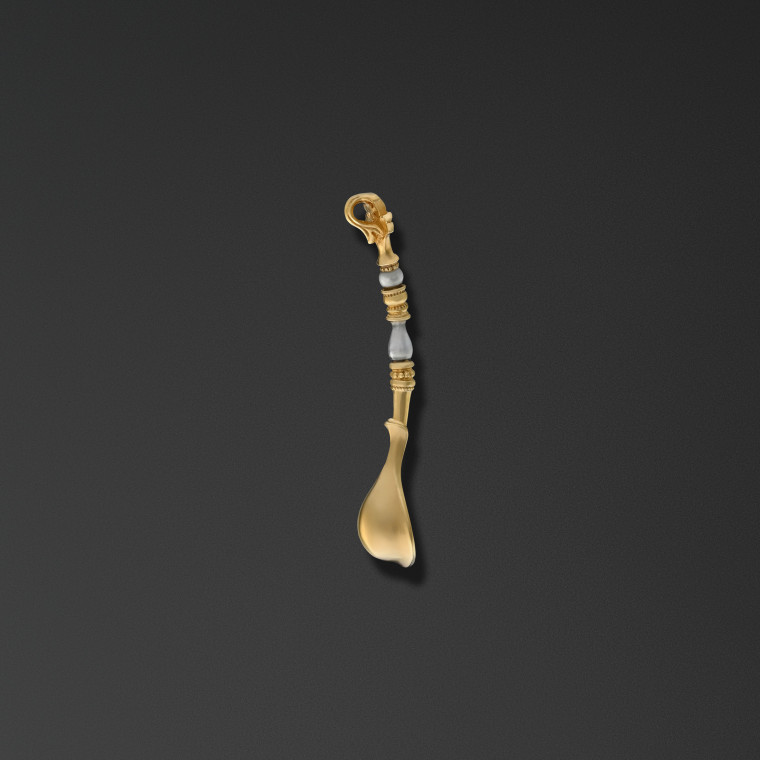 Small spoon with finial