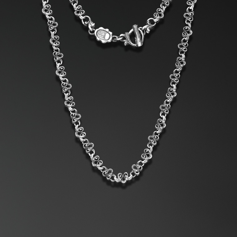 """White Field Lily"" Chain"
